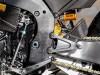 Melihat Kekarnya CBR1000RR-R Fireblade Tanpa Fairing