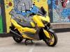 Modifikasi Yamaha XMax Berlabur Rona Kuning Ferrari