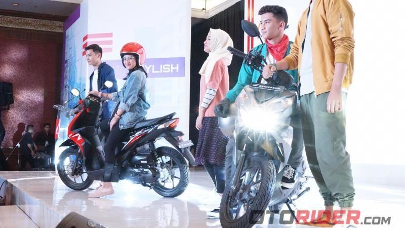 All New Honda BeAT dan All New Honda BeAT Street