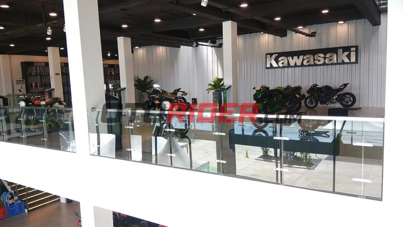 Showroom Greentech Plaza Kawasaki Riau