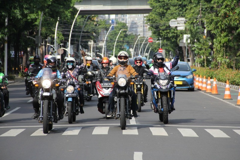 Royal Enfield 'Girls RIde Out'