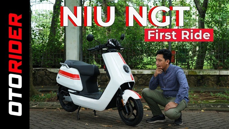 Skuter Listrik NIU NGT First Ride - Indonesia | OtoRider