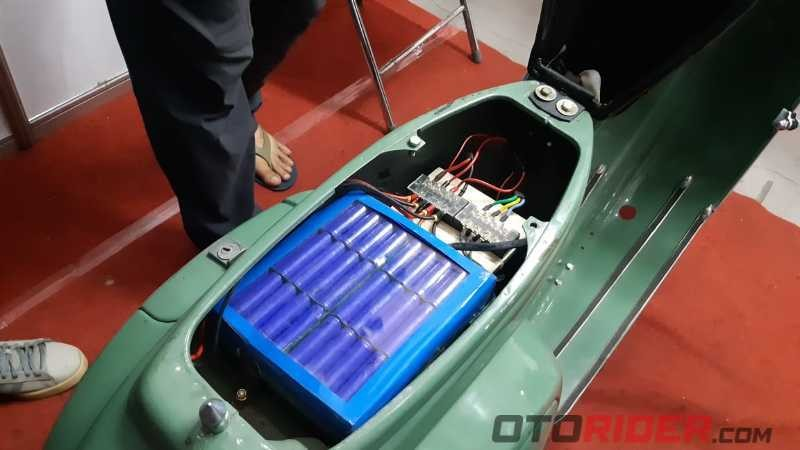 Vespa PTS Solar Cell