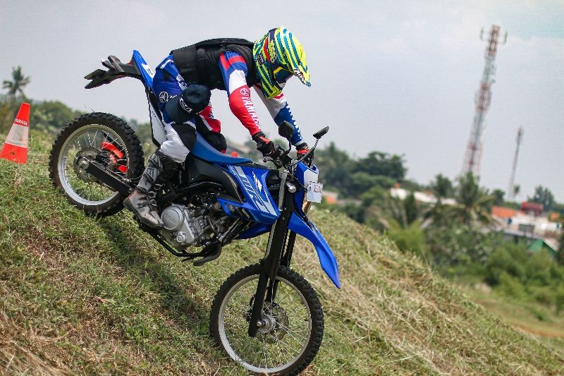 WR 155R Off-Road