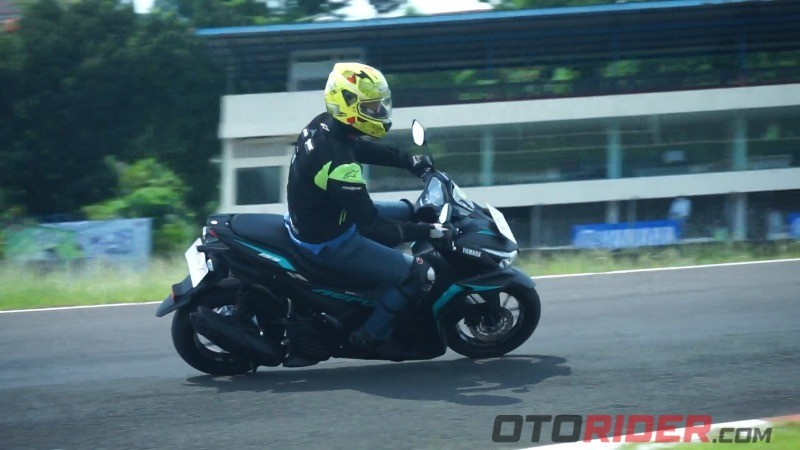 Yamaha All New Aerox 155 Connected test ride