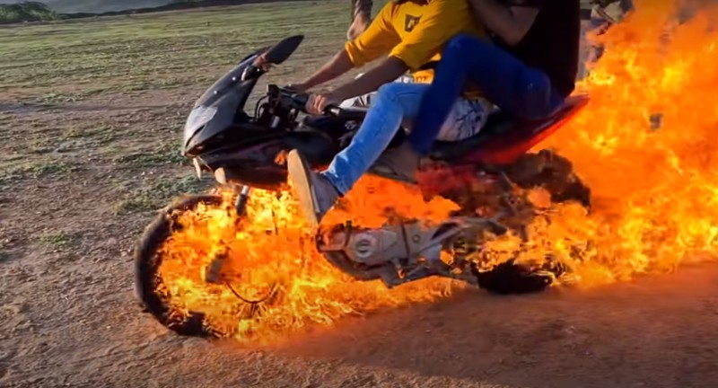 Youtuber India Tiru Adegan Ghost Rider